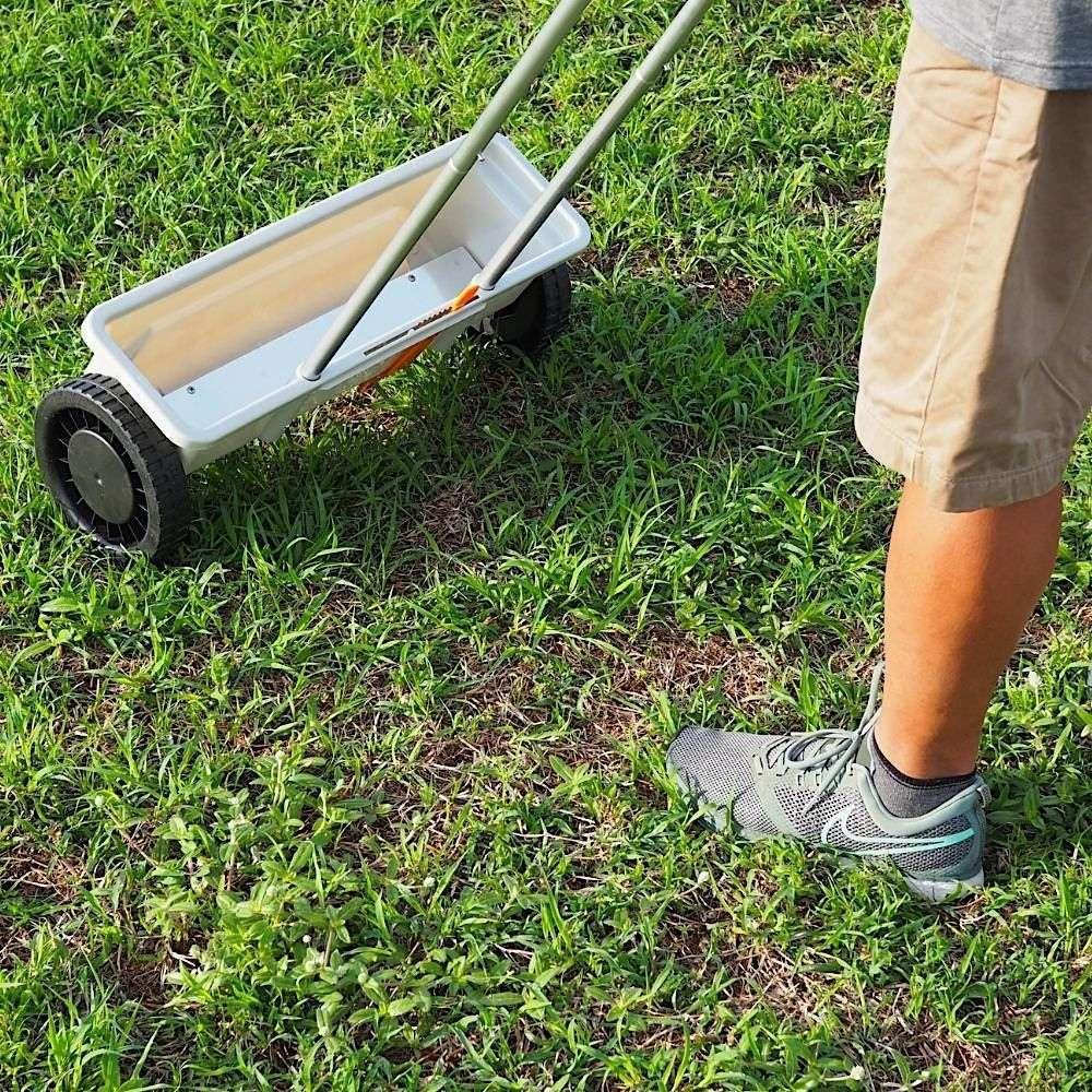 fertilizer spreader for sale